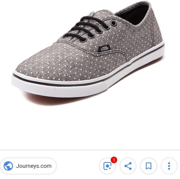 6ad0c2e518b20f VANS Authentic Lo Pro Dots Skate Shoe. M 5c436472194dadd71704a923